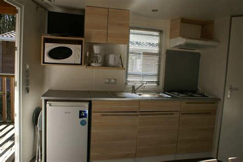 cuisine de nos r馮ions mobil home avec cuisine équipée et tv cing l 39 agrion bleu