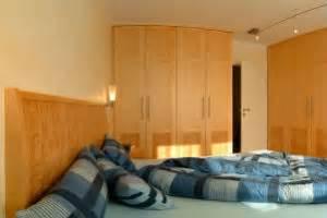 Optimale Luftfeuchtigkeit Im Schlafzimmer : die richtige luftfeuchtigkeit im schlafzimmer was sie ~ Watch28wear.com Haus und Dekorationen