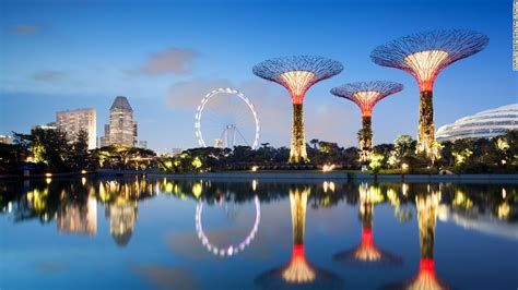 gardens by the bay singapore solar powered supertrees at singapore s gardens by the