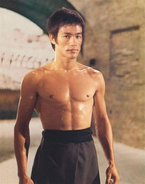 Bruce Lee   Bodybuilding and Weight Lifting Guide   Fandom ...