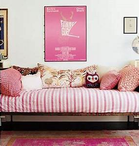 turn twin bed into couch home design bragallaboutitcom With turn a twin bed into a sofa