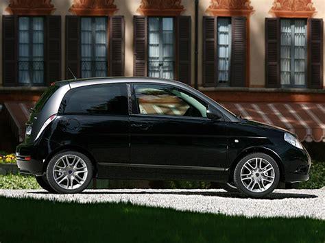 Lancia Ypsilon Momo Design Foto 14 Di 27 6361