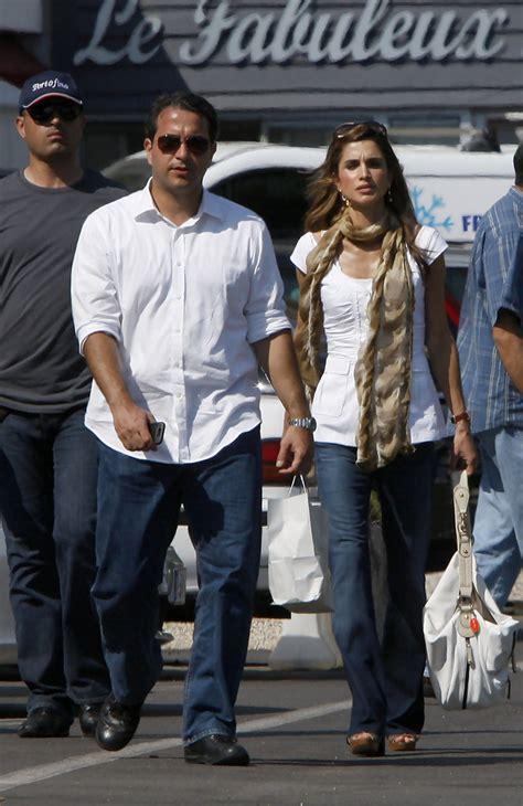 Queen Rania Queen Rania Photos Queen Rania Al Abdullah Shopping In France Zimbio