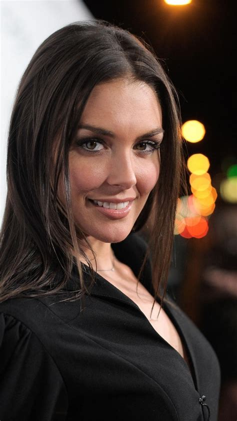 taylor cole actress black dress brunettes red carpet