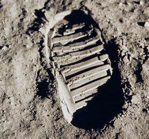 File:Apollo 11 bootprint 2.jpg - Wikimedia Commons