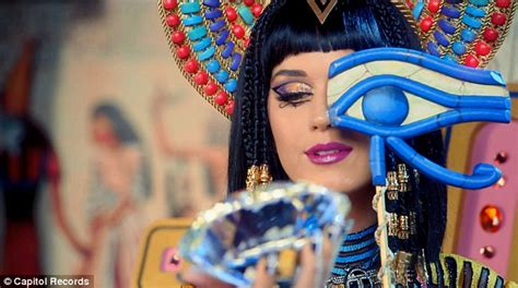 katy perry   evil egyptian queen   dark horse  video daily mail