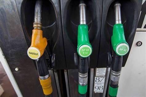 hausse prix carburant hausse des prix du carburant la col 232 re gronde chez les automobilistes
