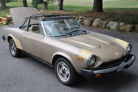 Fiat 2000 Spider by 1981 Fiat Spider 2000 Information And Photos Momentcar