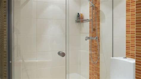 Badezimmer Fliesen Fugen Sauber Machen by Fugen Dusche Reinigen Mosaik Fliesen F R Die Dusche Die