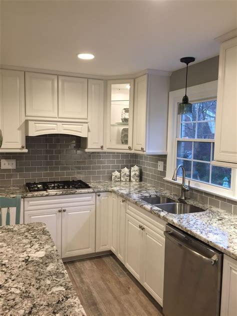 backsplash for white kitchen white kitchen gray subway tile backsplash kitcheng