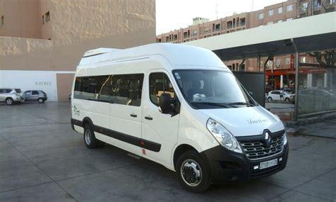travel bureau car accessible vehicle needs disabled tourist guide