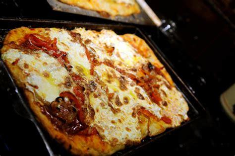 thin crust focaccia pizza  eats