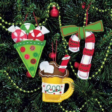 weekend kits blog christmas crafts handmade felt