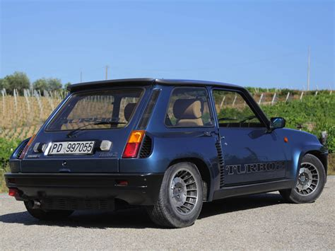 Renault R5 Turbo 2 by Occasions Renault 5 Turbo 2