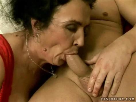 ugly granny sucking and riding young cock on gotporn 937577