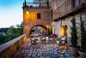Baroque Style Italian Villa In Umbria With Indoor Vaulted