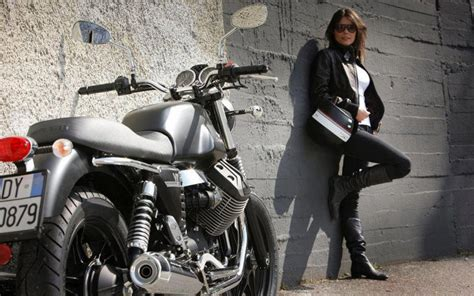 Moto Guzzi Wallpapers by Moto Guzzi V7 Hd Wallpapers And Free Images
