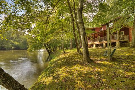 toccoa river escape rental cabin cuddle  cabin rentals