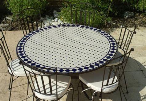 table et chaise de jardin carrefour table jardin mosaique ronde 150cm blanc losange céramique