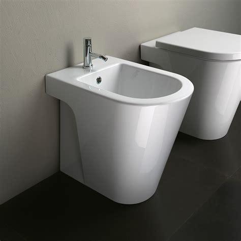 catalano   floor mount bidet floor mounted toilet
