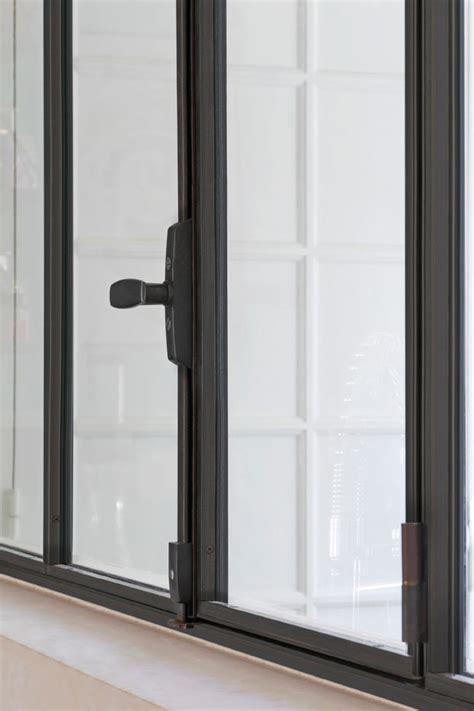 fenêtre en acier de style atelier d 39 artiste battante ou