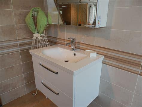 faience salle de bain beige