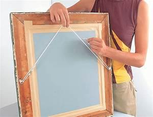 Accroche Cadre Sans Trou : fixer un tableau sans trou ~ Premium-room.com Idées de Décoration
