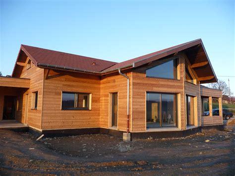 cuisine une maison en bois de luxe dans la nature maison bois rond a vendre maison bois rond
