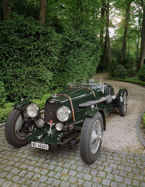 aston martin racing cars