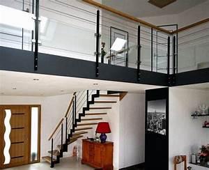 Escalier Métallique Industriel : escalier ferro arrivant sur mezzanine avec garde corps horizontaux de type mixte trucs du ~ Melissatoandfro.com Idées de Décoration