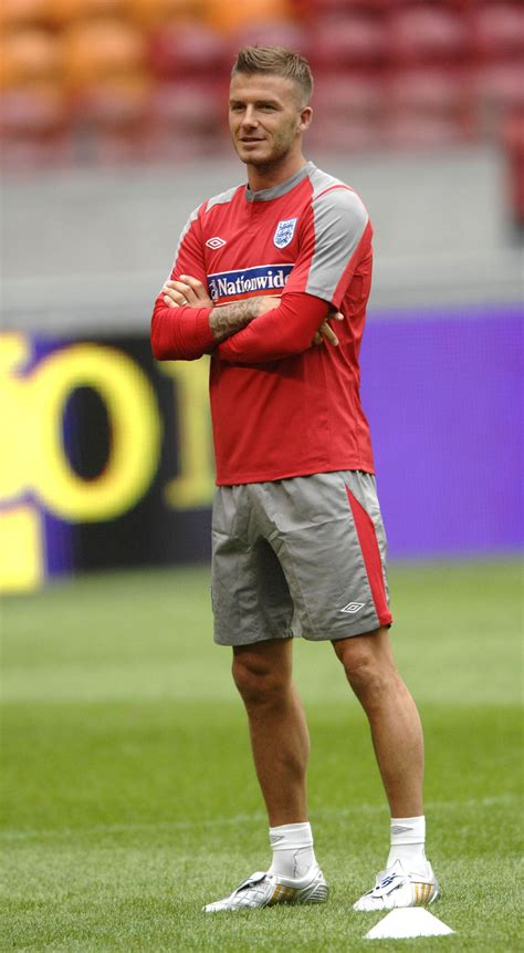 david beckham playing   england soccer