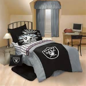 Oakland Raiders Comforter