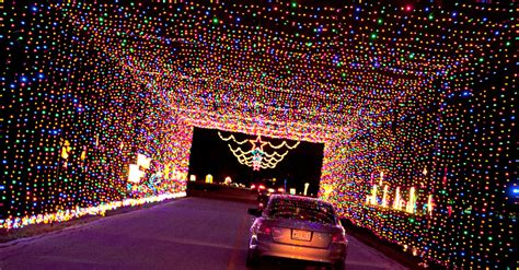 prairie lights drive through holiday light park visit
