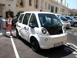 Voiture Electrique Mia : file voiture lectrique mia en rechargement nice jpg wikimedia commons ~ Gottalentnigeria.com Avis de Voitures
