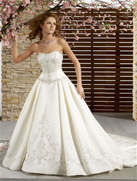 DressyBridal: Must Have Traditional Ball Gown Wedding Dresses