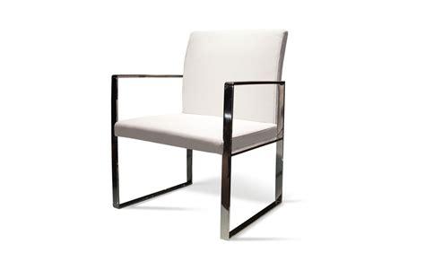 chaise en cuir blanc bien choisir ses meubles en inox table et chaise en inox