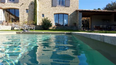 gordes chambres d hotes piscine 2 printemps terrasses de gordes luberon provence