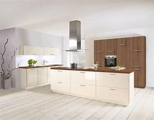 Wellmann w314 magnolienweiss hochglanz kuchenexperte for M belgriffe küche