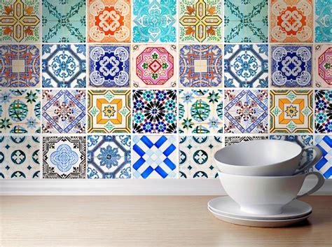 adhesif deco cuisine carrelage adhésif les 5 avantages de ce revêtement pratique et déco décoration