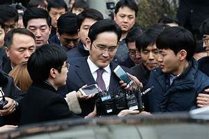 Samsung chief avoids arrest in South Korean corruption ...