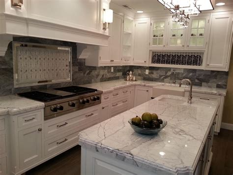 Granite Countertops With Backsplash : Ideas For Installing Kashmir White Granite As Home Surface