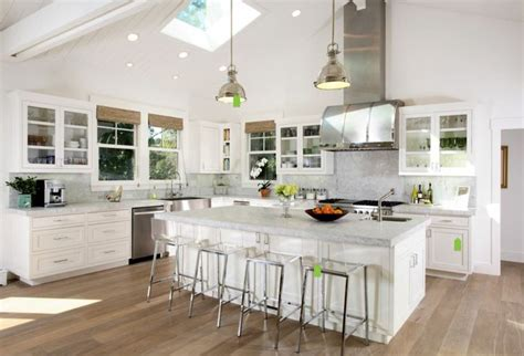 lime wash kitchen cabinets kitchen colours lime wash oak floor white shaker 7111