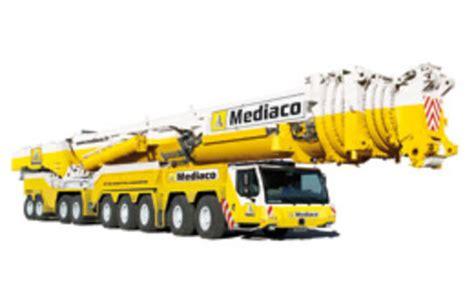 la plus puissante des grues mobiles pour mediaco