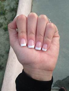 Acrylic pink and white nails | Nails | Pinterest