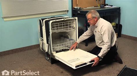 dishwasher repair replacing  bottom door seal ge part wdx youtube