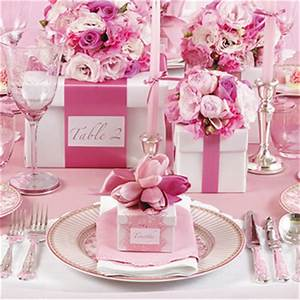 {one pretty pin} Glamorous pink party table Chickabug