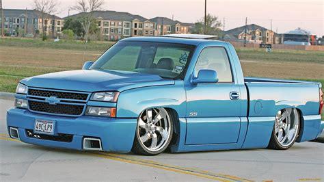 Custom Chevrolet Silverado Hd Wallpaper