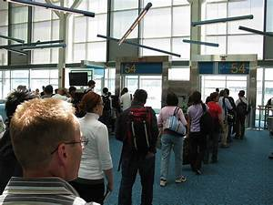 Boarding Gate definition/meaning
