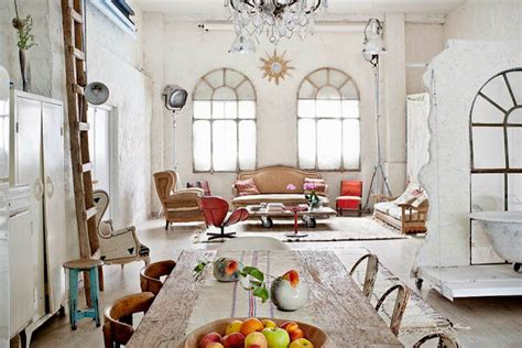 Vintage Home Style : Manolo Yllera's Eclectic Vintage Home-decoholic