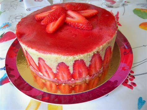 herve cuisine fraisier herve cuisine fraisier 28 images comment d 233 corer